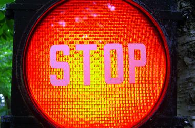 stoplight_crop380w